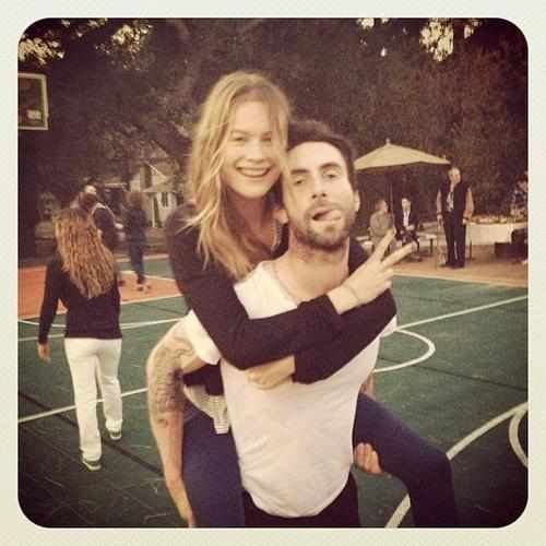 Adam Levine S Wedding While Adam Levine S Wedding Will Reportedly Have Two Ceremonies In Los Adam And Behati Hollywood Couples Adam Levine