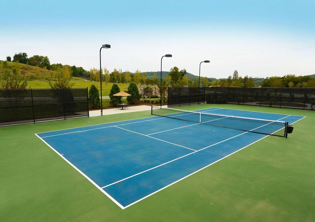Groveliving club grove tennis court