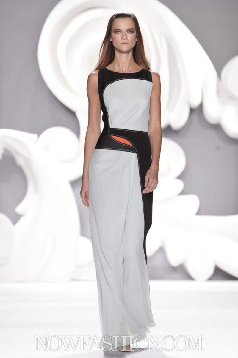 Carolina Herrera SpringSummer 2013 RTW – New York Fashion Week pics