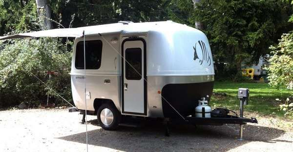Armadillo Trailer: 13-Foot Stylish Camping Option with