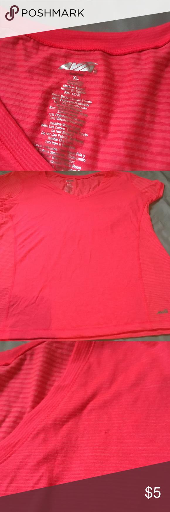 Work out shirt Work out shirt, small snag near left shoulder Avia Tops Tees - Short Sleeve