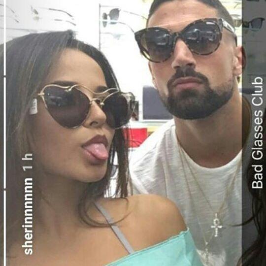 Sherin via instagram stories  Que tengan una linda noche . . . . . . . . . . #beckyg #beckygomez #beasters #beasters #sebbeca #sebastianlletget #mahomies #relationshipgoals #goals #like4like #likeforlike