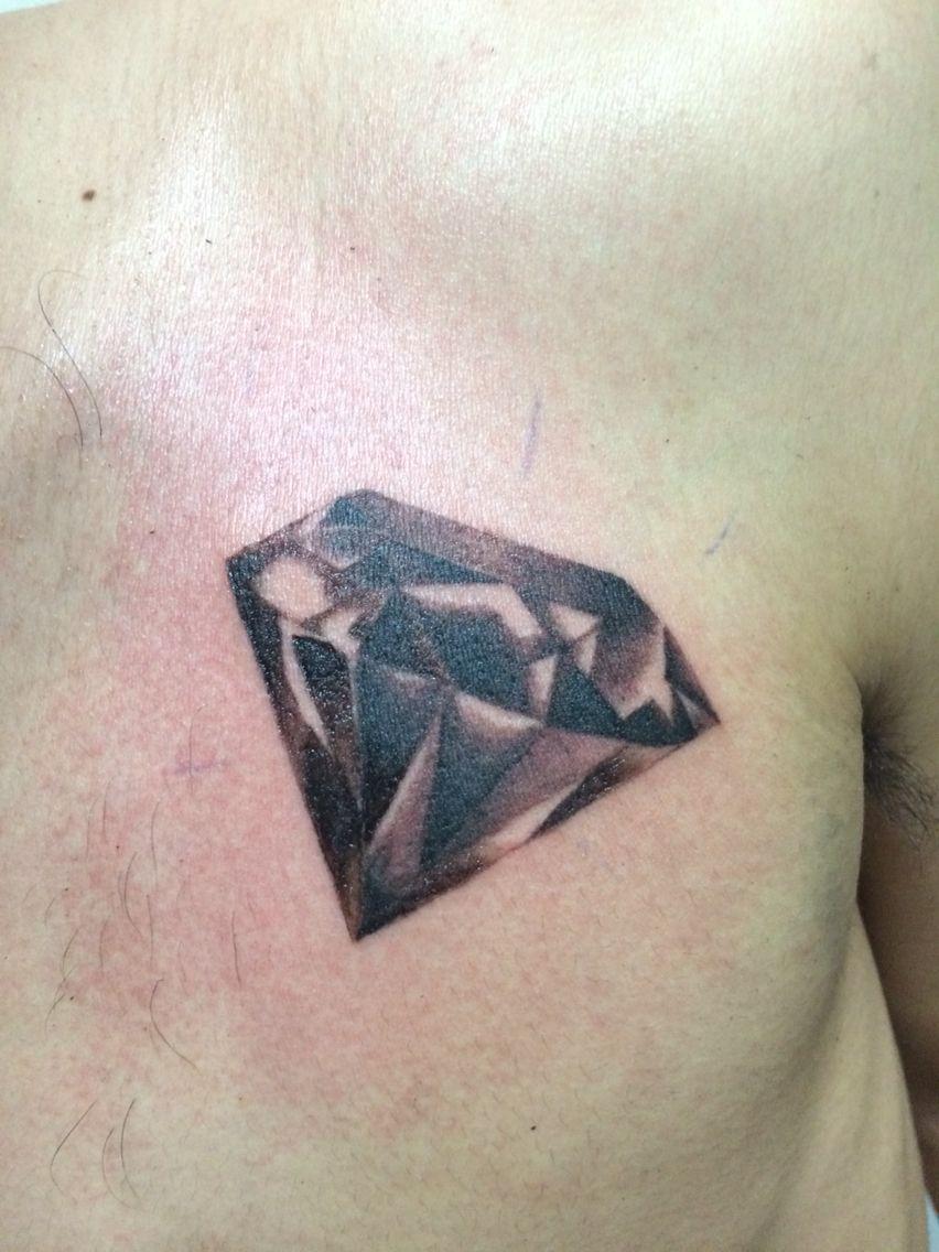 Black And Grey Diamond Tattoo Ink Skunktattoo Tattoos Black Diamond Tattoos Diamond Tattoos