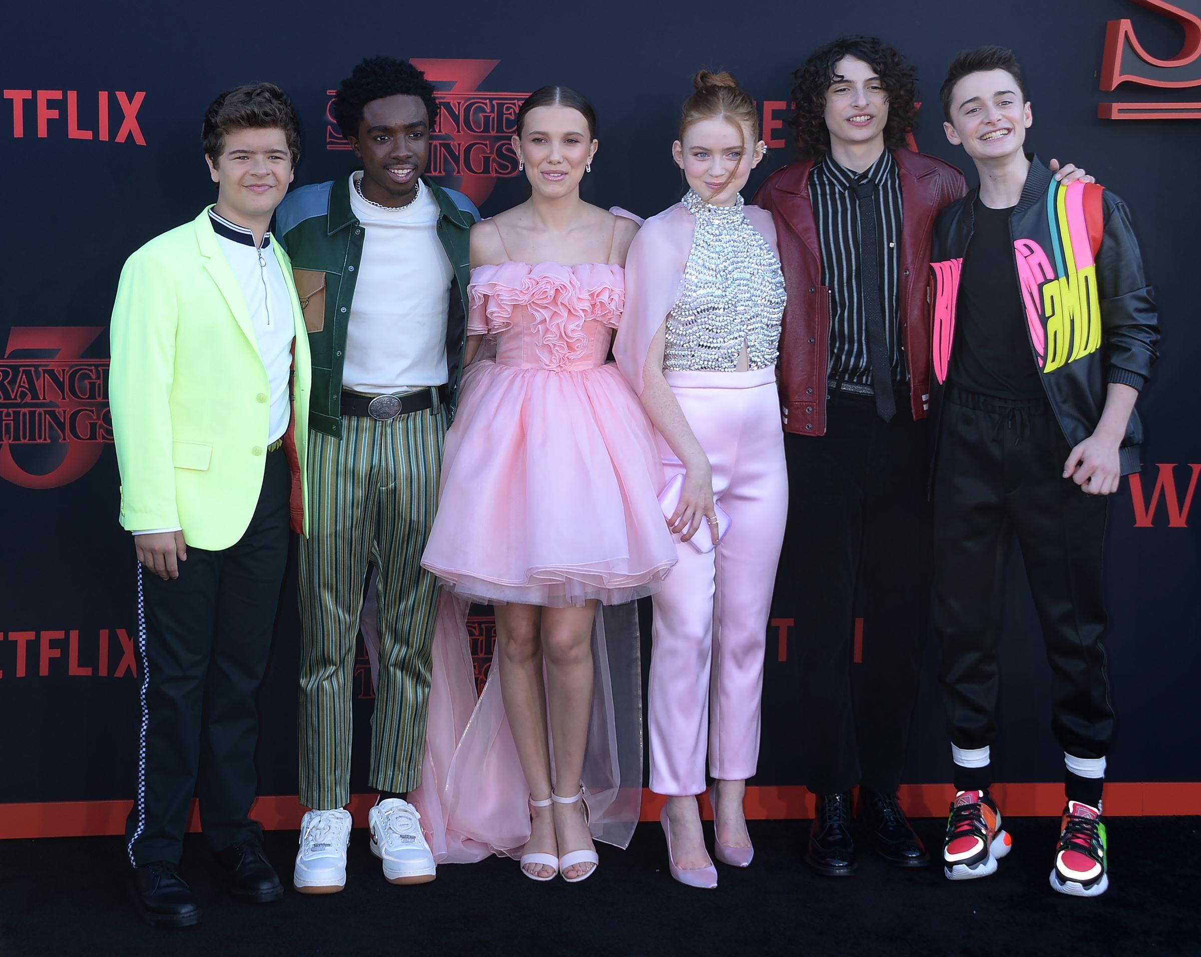 PHOTO. Stranger Things saison 3 : les acteurs font le show sur le tapis rouge de l'avant-première à Los Angeles