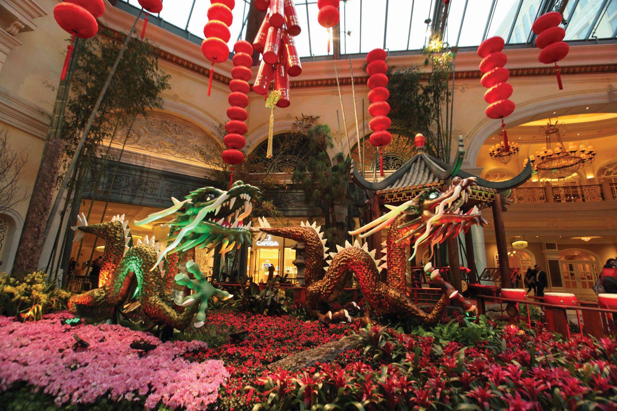 Bellagio Conservatory, Chinese New Year | Las vegas free ...