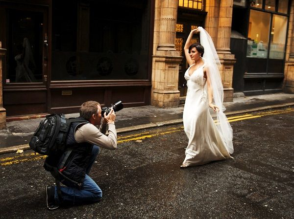 50 Brides Reveal What Their Photographers Could Have Done Better