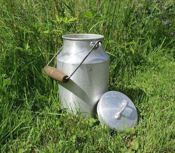 Rustic Decor Kitchen Utensil Holder Compost Dish Aluminum Milk Can Lidded Milk Pail Farmhouse Decor Garden Planter Big Retro Jug Vintage Milk Can Milk Cans Milk Pail