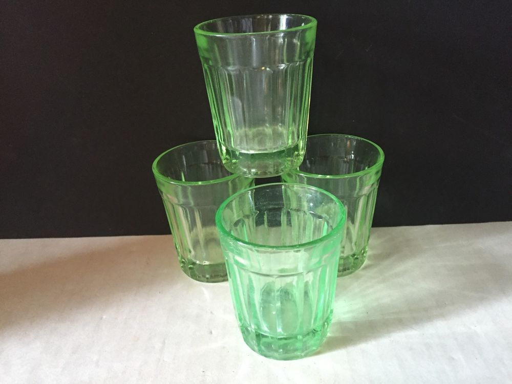 de05d1c31480 Vintage Green Depression Glasses