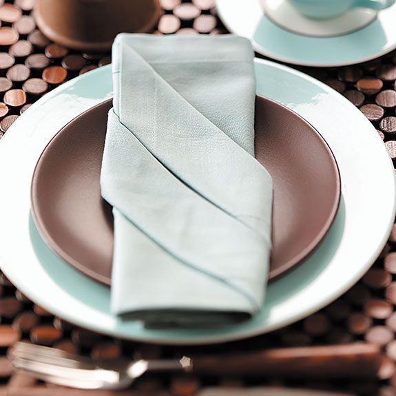 Napkin Folding Ideas For Weddings: How To Fold A Napkin 7 Easy Ways