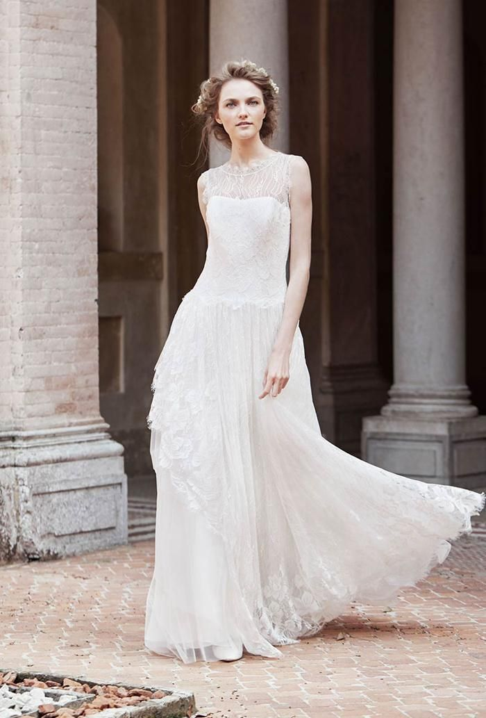 http://thefashionbrides.com/2015/06/20/alberta-ferretti-2015-spring-bridal-collection-5/