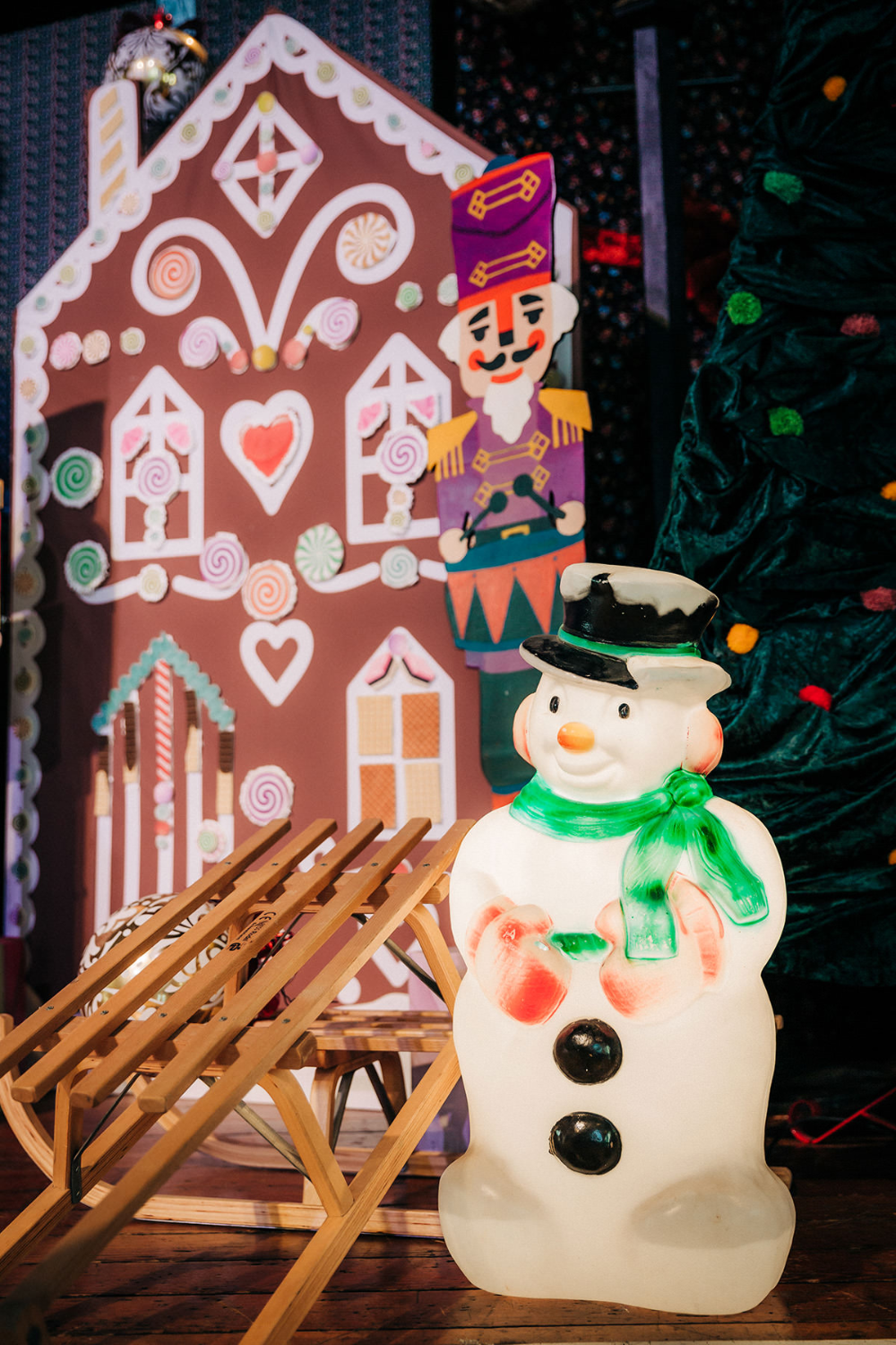 Christmas party inspo! Christmas props, Christmas events