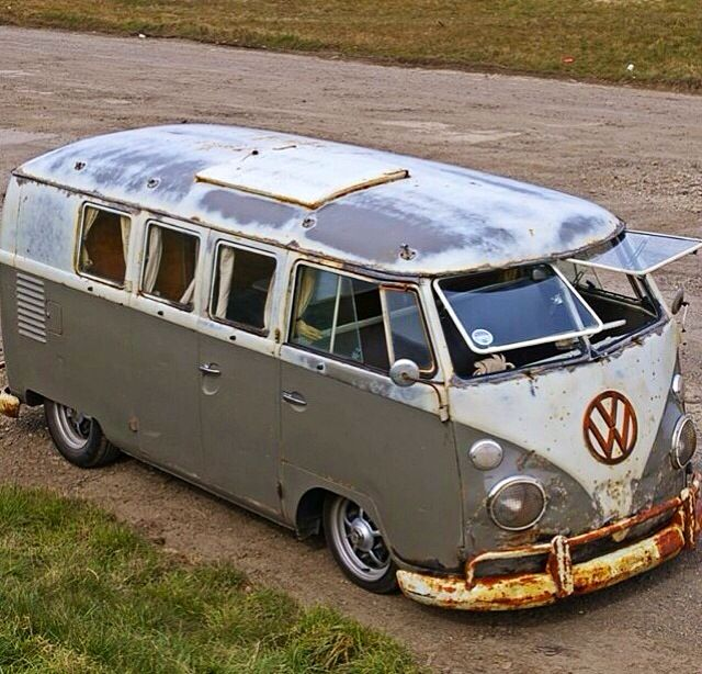 0b823739d7 VW split window with sub hatch. Find this Pin and ...