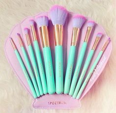 spectrum collection make up brushes  best makeup brushes