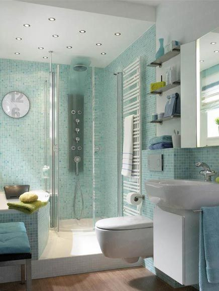 Kleine badkamer met bad en aparte douche - Bathroom | Pinterest ...
