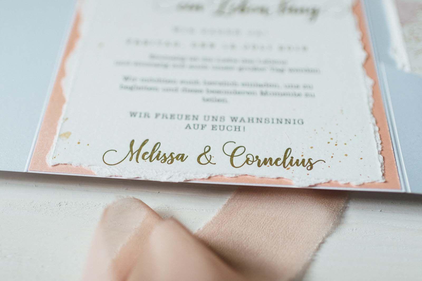 Rosa Hochzeitseinladung Mit Heissfolienpragung In Gold Mit