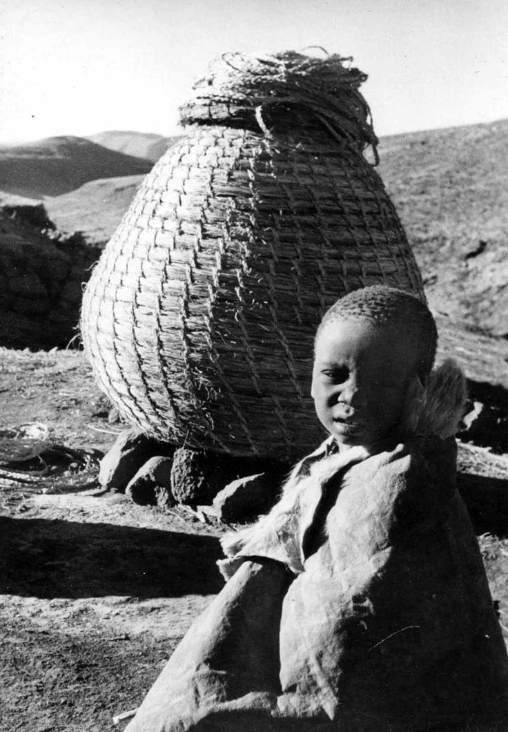 Simple African Traditional Basket - 69cd175dc8da16b584149ed0a1af0dbb  You Should Have_21588.jpg