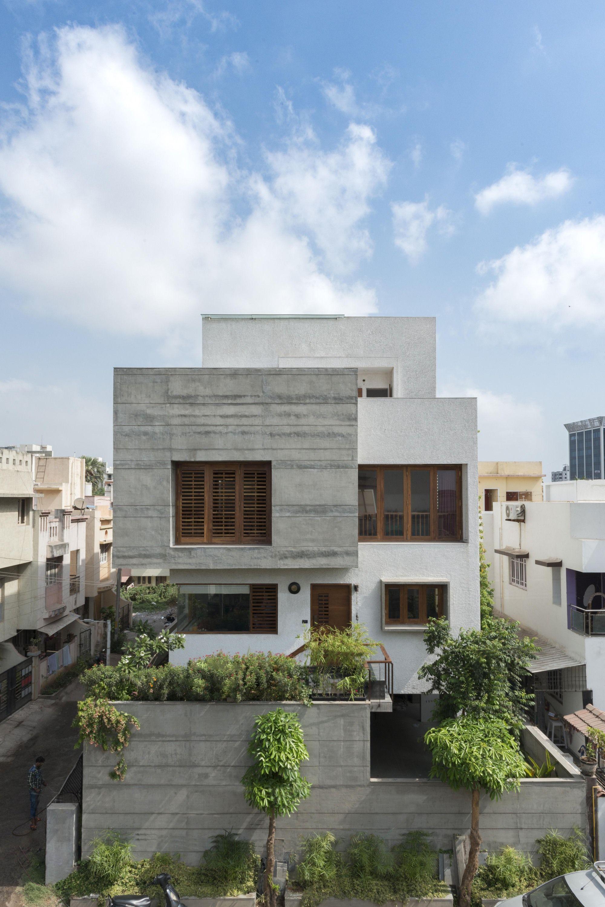 The H Cube House / Studio Lagom   Moderne häuser, Architektur und ...