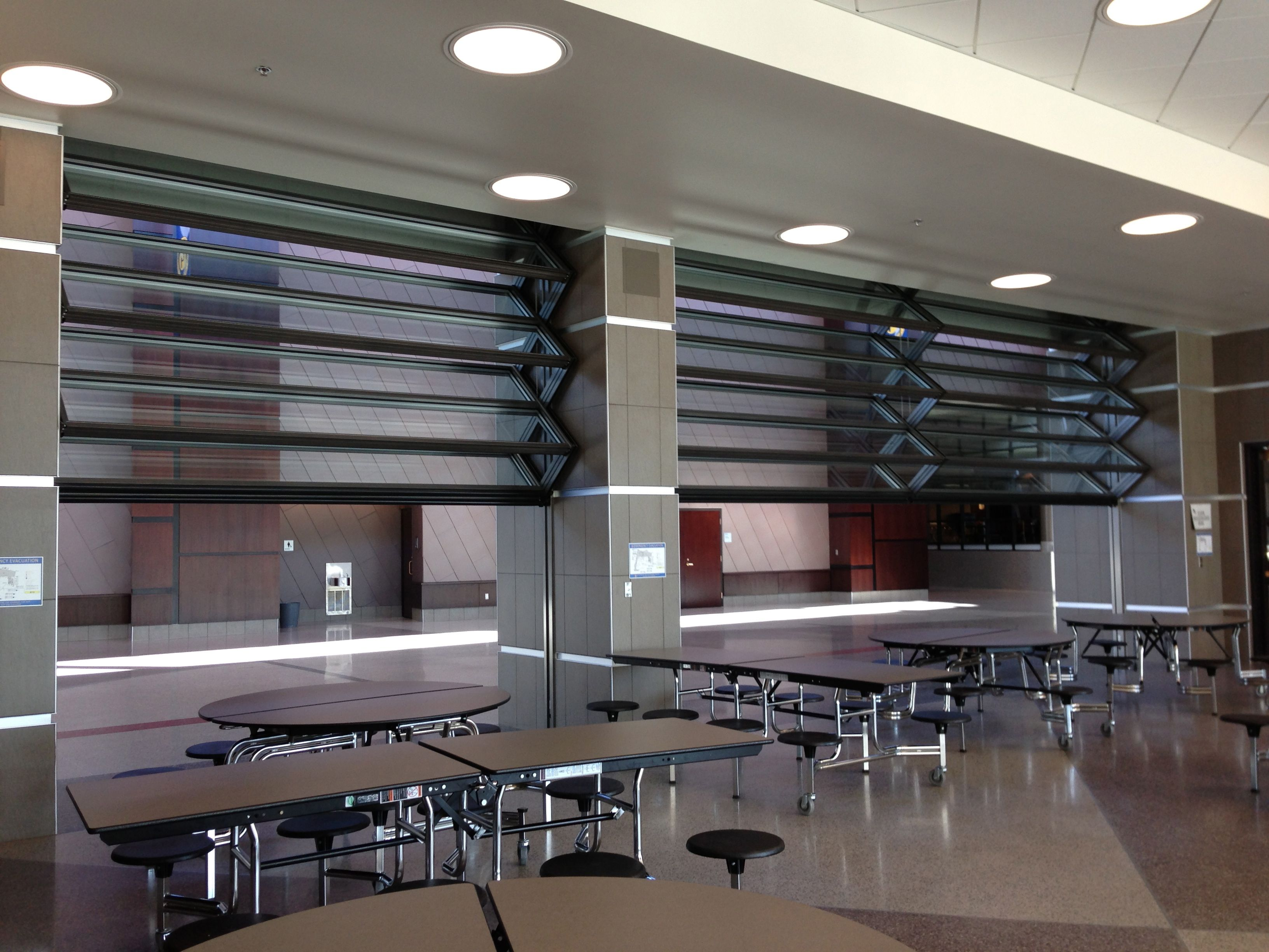 Skyfold Mirage Folding Glass Wall At Putnam Voc Tech Hs In