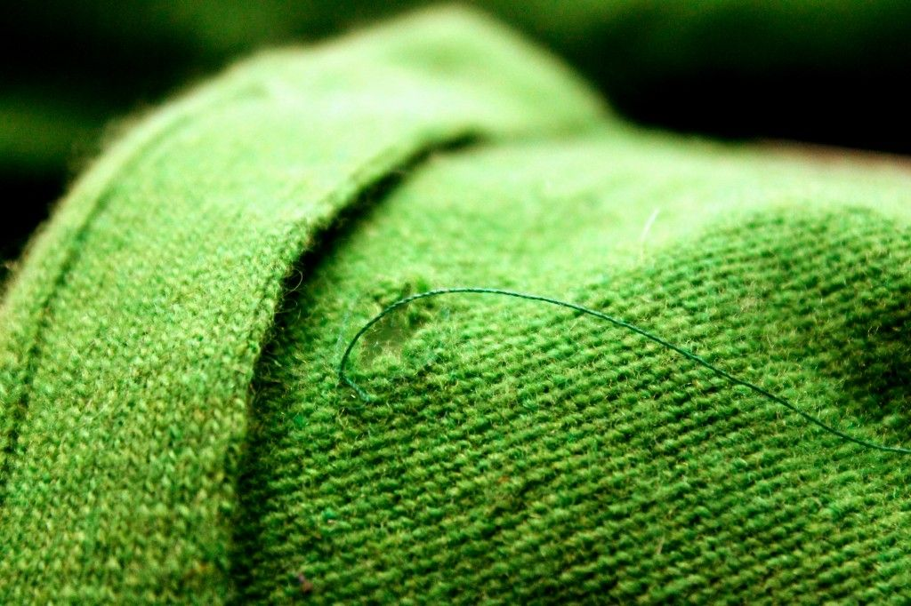 How To Mend Holes In Woolens Sew Around The Hole Great