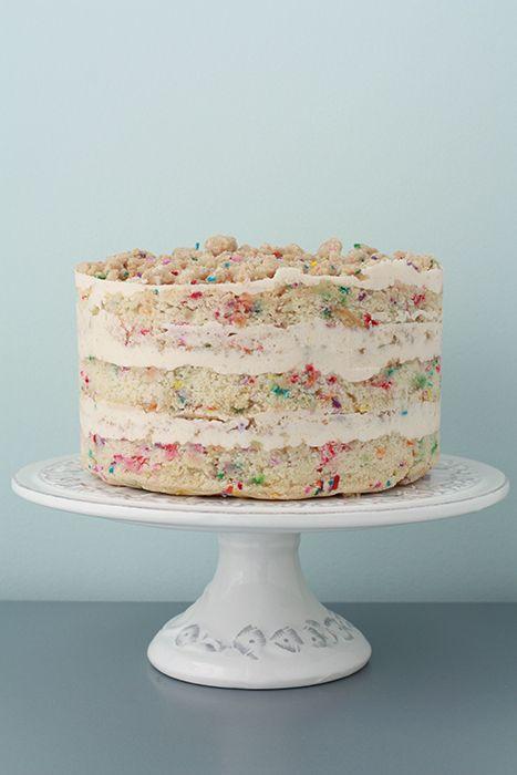 Momofuku cake! A decadent version of a funfetti cake! =)