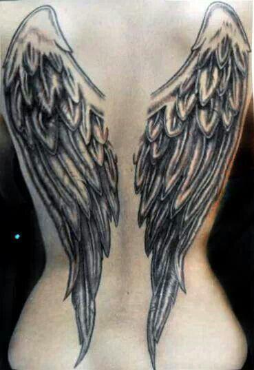 Pin De Emicely Ibrahimovic En Tatoo Tatuajes De Alas De Angel