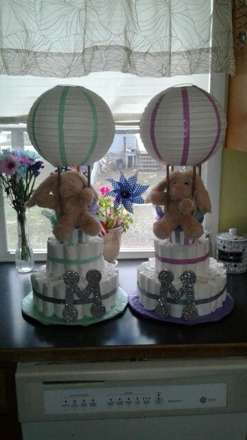 hot air balloon diaper cake with bunny mint silver purple diaper cake ideas pinterest baby. Black Bedroom Furniture Sets. Home Design Ideas