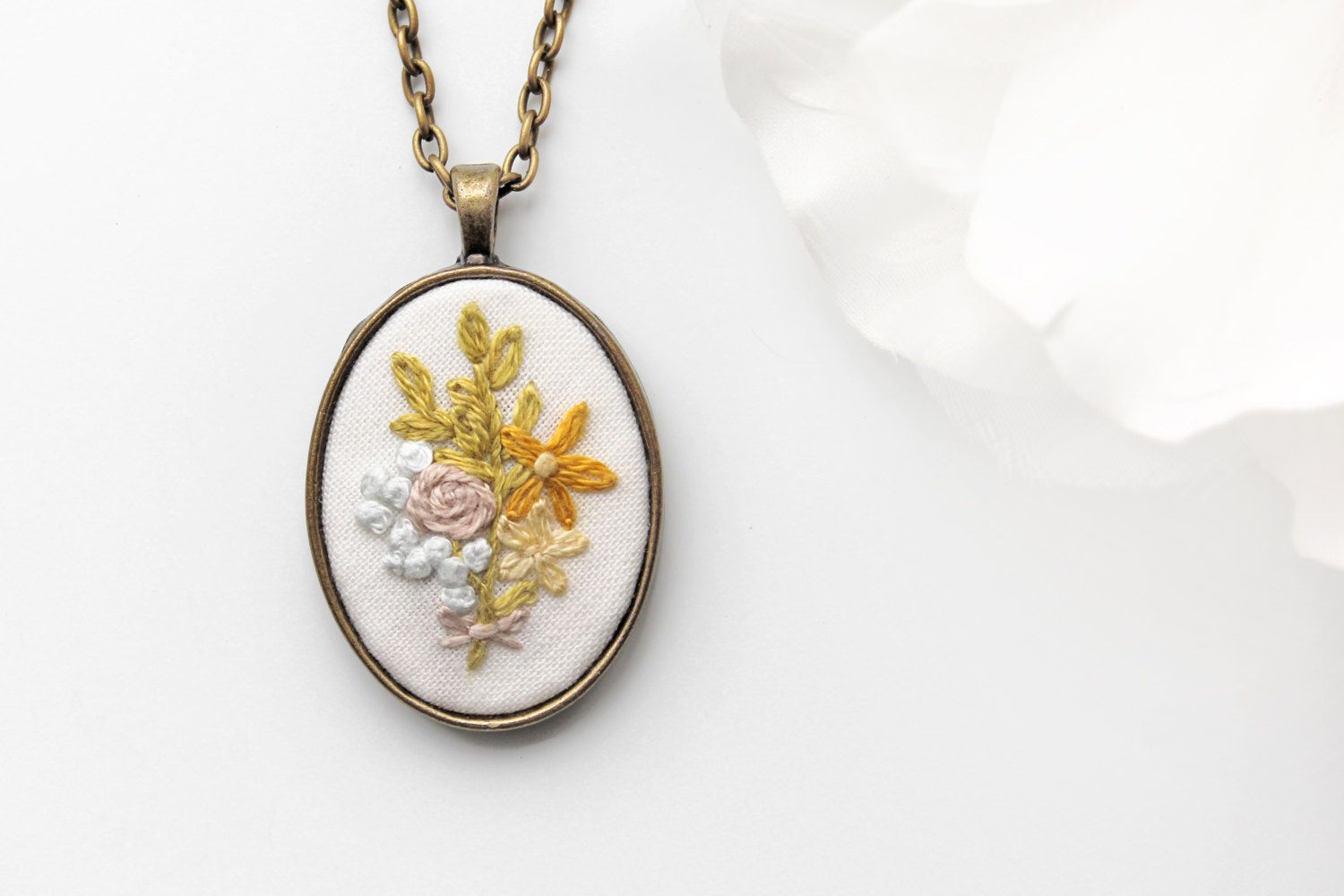 Floral Jewelry. Jewelry Floral. Floral by ohmyheartembroidery
