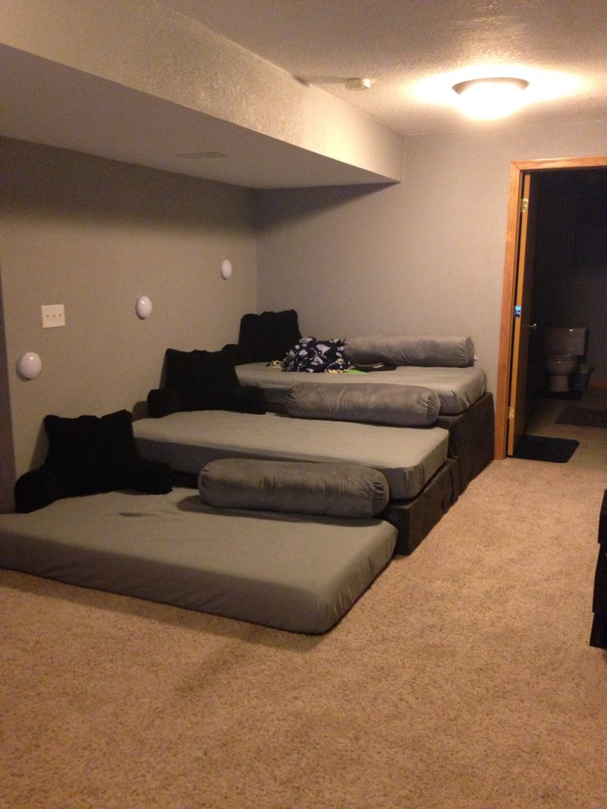 Theater Seating From Pallets And Twin Mattresses Purchase