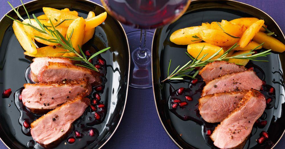 Weihnachtsessen Gut Vorzubereiten.Entenbrust 80 Mit Granatapfel Rotwein Sauce