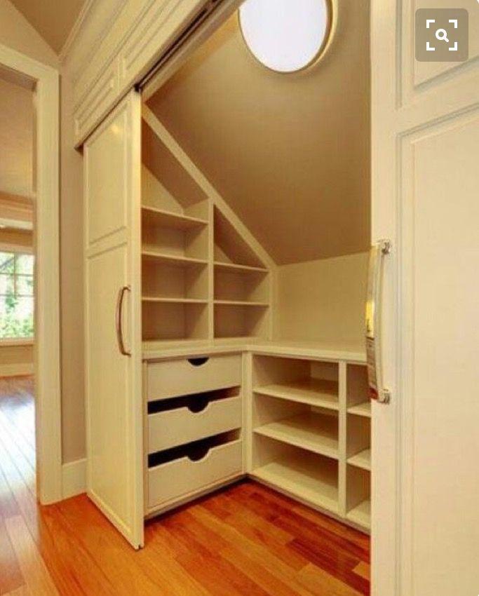 Klädkammare ovanvåning | шкаф | Pinterest | Einbauschränke ...