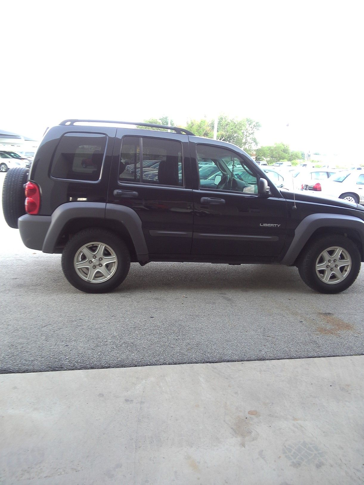 2004 Jeep Liberty In Arey S Garage Sale In Brownwood Tx For