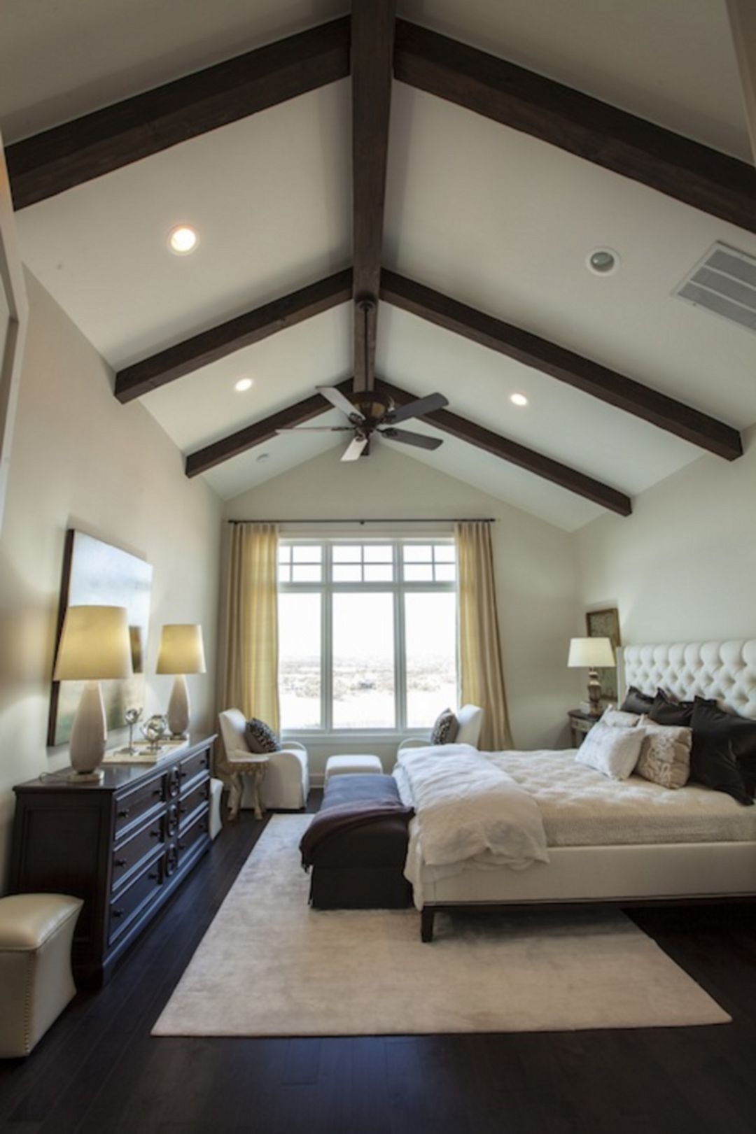 20 Vaulted Ceiling Ideas To Steal From Rustic To Futuristic Master Bedroom Design Bedroom Design Master Bedroom