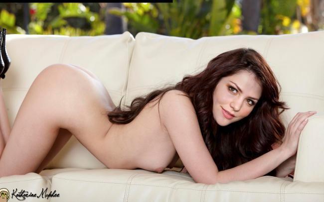 naked ebony bbws legs open