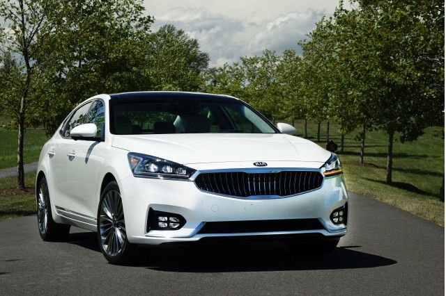 2017 Kia Cadenza Review Ratings Specs Prices And Photos The Car Connection Kia New Cars First Drive