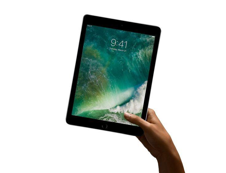 Which Ipad Should You Buy Ipad Ipad Wifi Apple Ipad