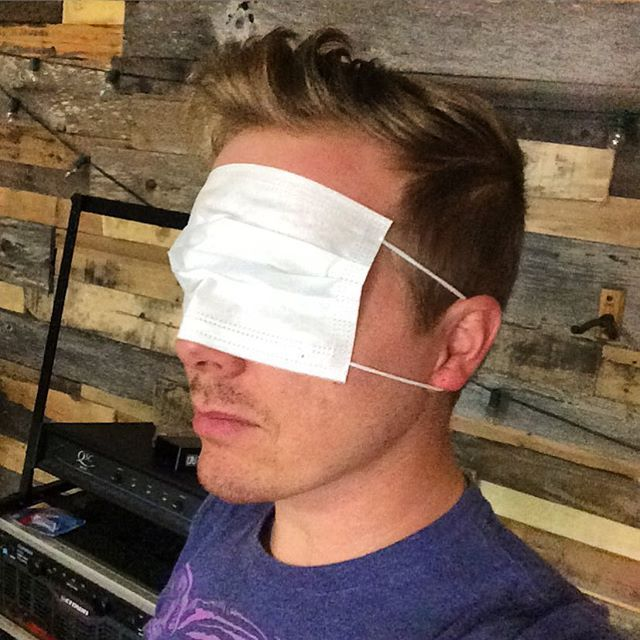 Need Easy And Cheap Blindfolds Buy A 10 Pack Of Surgical Face