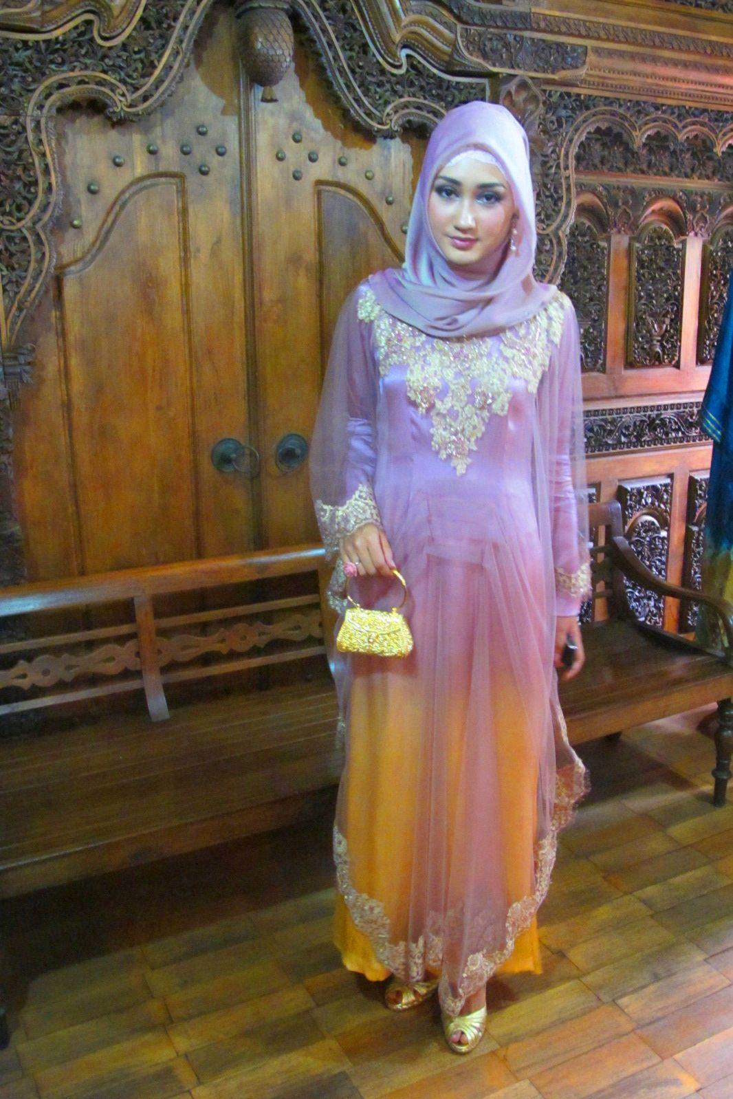 Gorgeous Formal Wear Dian Pelangi Luv Luv Luv 3 Muslimah