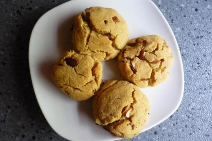 Maple Nut Cookies made with quinoa flour