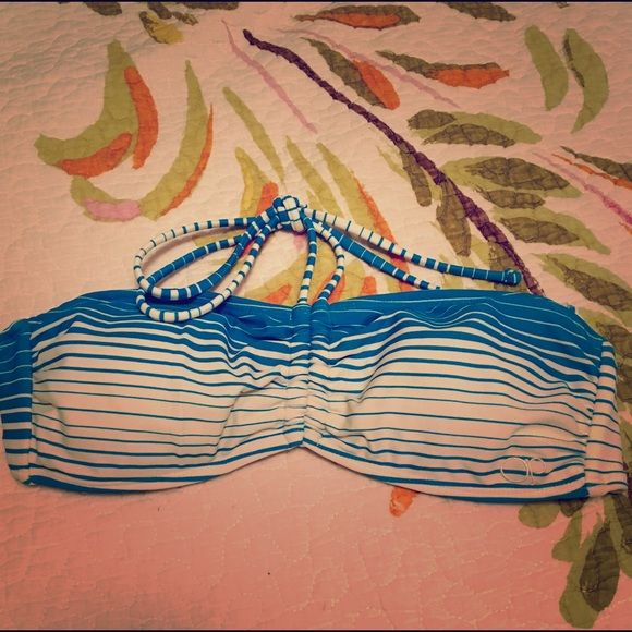 Bathing Suit Top OP bandeau top with removable pads exc condition! I don't think it was ever worn! Swim Bikinis
