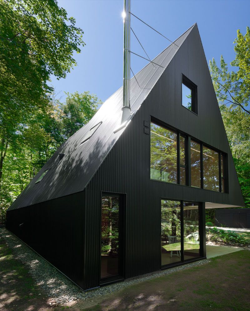 Great Modern Cabin In Hemlock Forest, Quebec, Canada