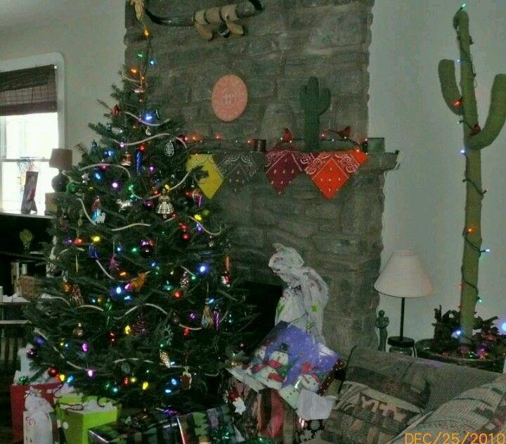 My southwestern Christmas tree & decor | Southwestern ...