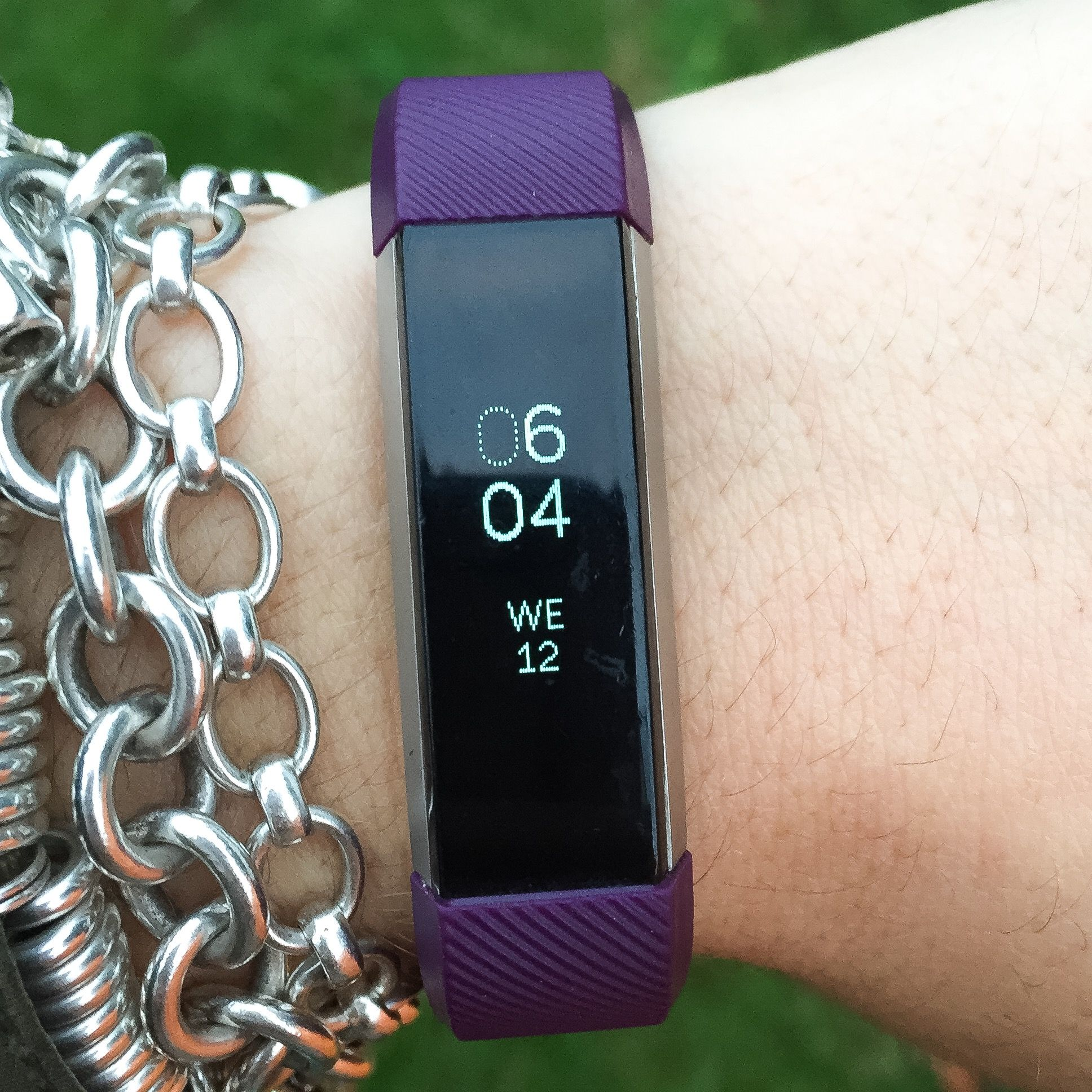 Fitbit Alta Review   http://ablondelifestyle.co.uk/fitness/fitness-trial-fitbit-alta-review/
