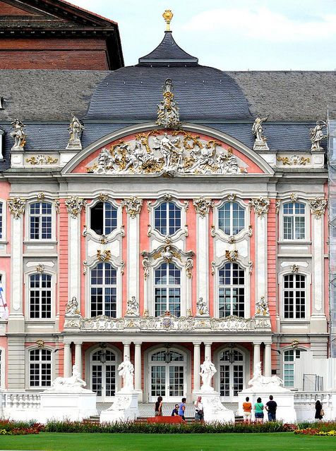 Trier Kurfurstliches Palais Classical Architecture Pretty Places Architecture