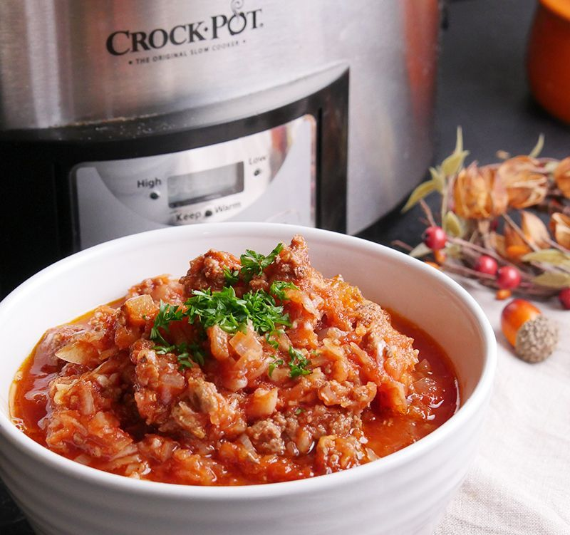 This Cabbage And Ground Beef Slow Cooker Casserole Has All The Flavor Of Cabbage Rolls Recipe And Vid In 2020 Slow Cooker Casserole Slow Cooker Ground Beef Ground Beef