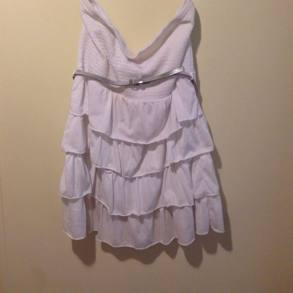 White topless dress White topless dress with silver belt layers of ruffles real nice No Boundaries Dresses