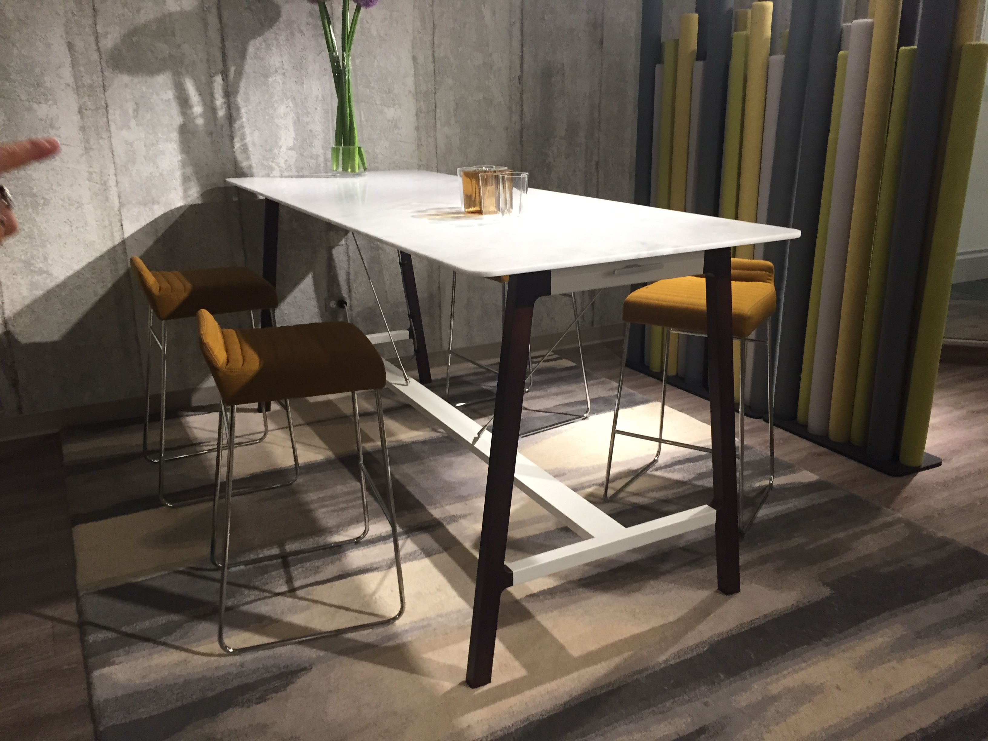 Allermuir Silta Table & Tommo Stools