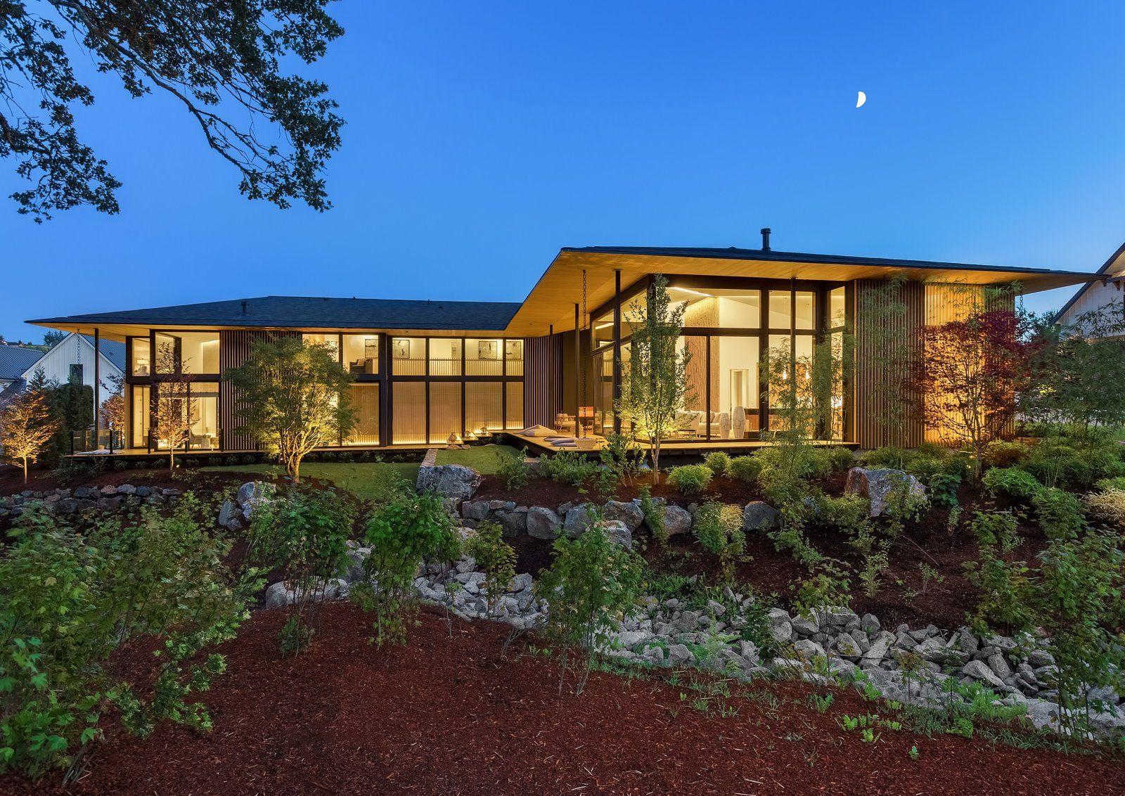 Photo 1 Of 9 In Kengo Kuma Weaves Japanese Design Into This Japanese Modern House Modern House Design Architect House