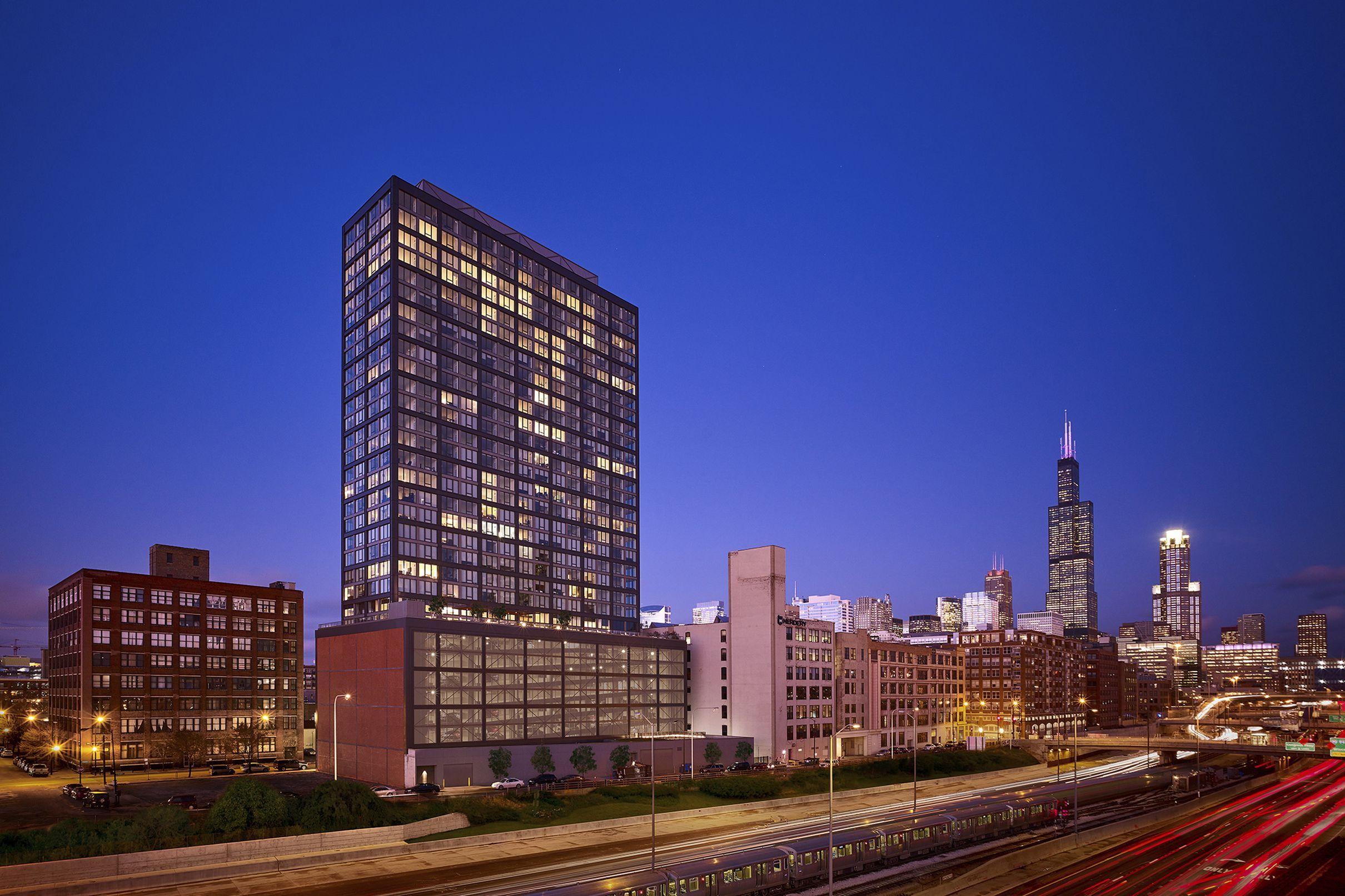 Architect Morris Adjmi Talks Chicago S West Loop Chicago Landmarks Brick Cladding Architect