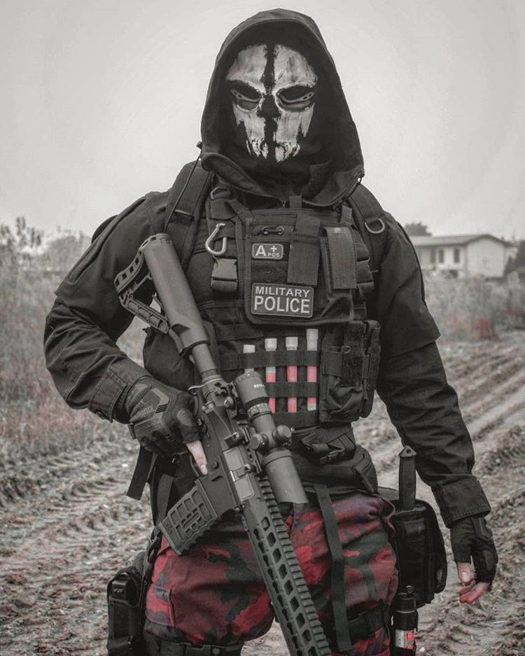 Image may contain: one or more people | Military Backgrounds