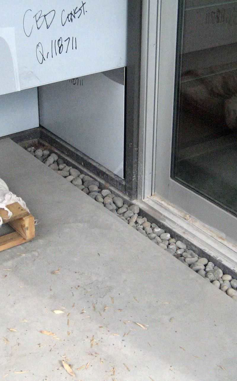 Beau Trench Drain Between Sliding Door And Concrete Slab 0 Filled With River Rock
